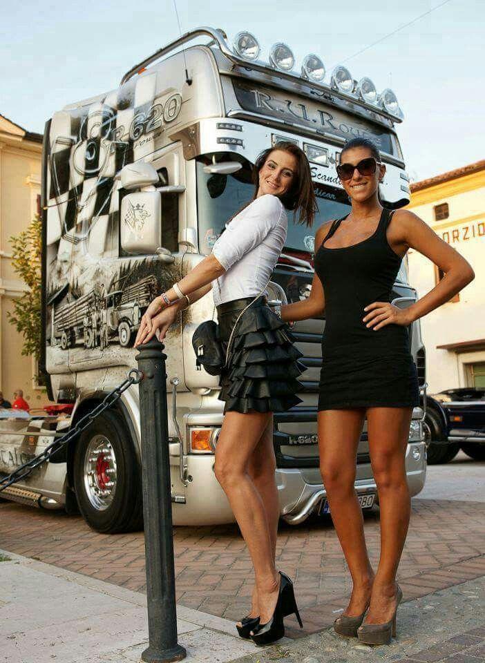 Peterbilt And Girls Wallpaper 2 Hottie S Amp A Beauty Scania Trucks Girls Big
