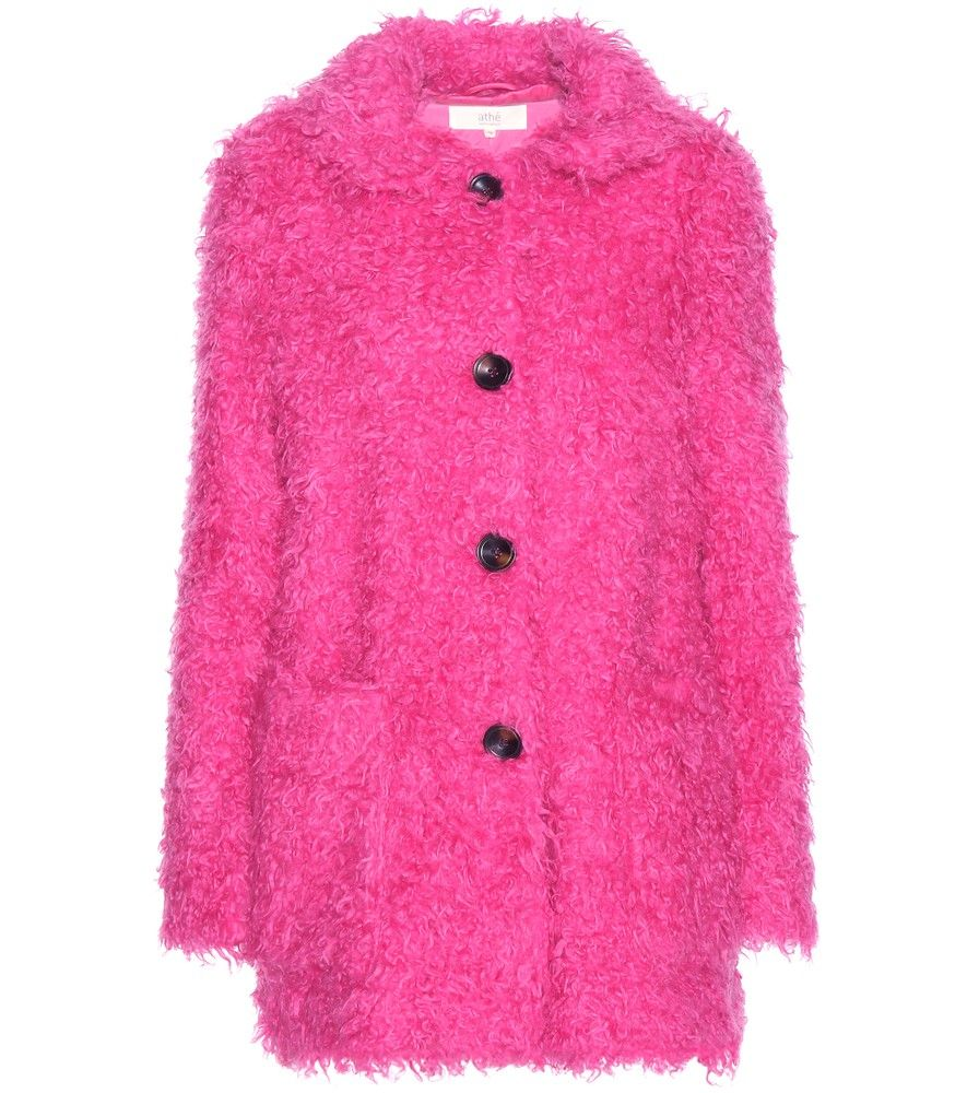 Vanessa Bruno Athé - Faux shearling coat - Opt for a pretty-in-pink look courtesy of Vanessa Bruno Athé's coat. Supremely soft and warm for a real feel, it's crafted from a curly faux shearling fabric. Tortoiseshell buttoning and a Peter Pan collar complete the look on a sweet note. seen @ www.mytheresa.com