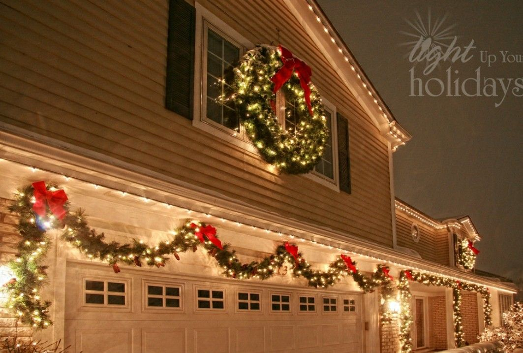 Garage Door Christmas Decorations, Outdoor Christmas Garland, Christmas  Outdoor Lights, Christmas House Lights - Pin By Shonny On Home Decor Pinterest Christmas, Christmas