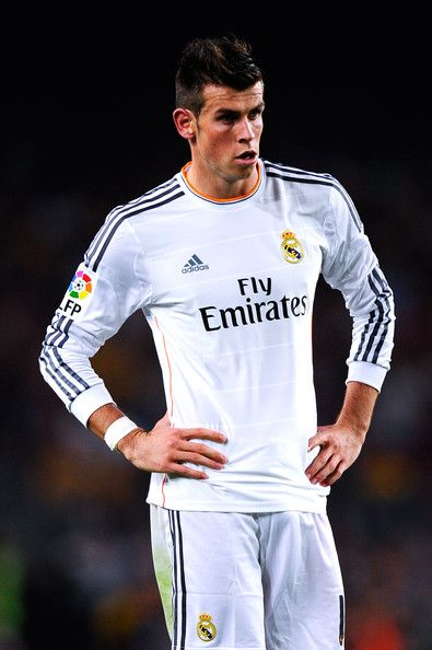 Gareth Bale of Real Madrid CF looks on during the La Liga match between FC Barcelona and Real Madrid CF at Camp Nou on October 26, 2013 in Barcelona, Catalonia.