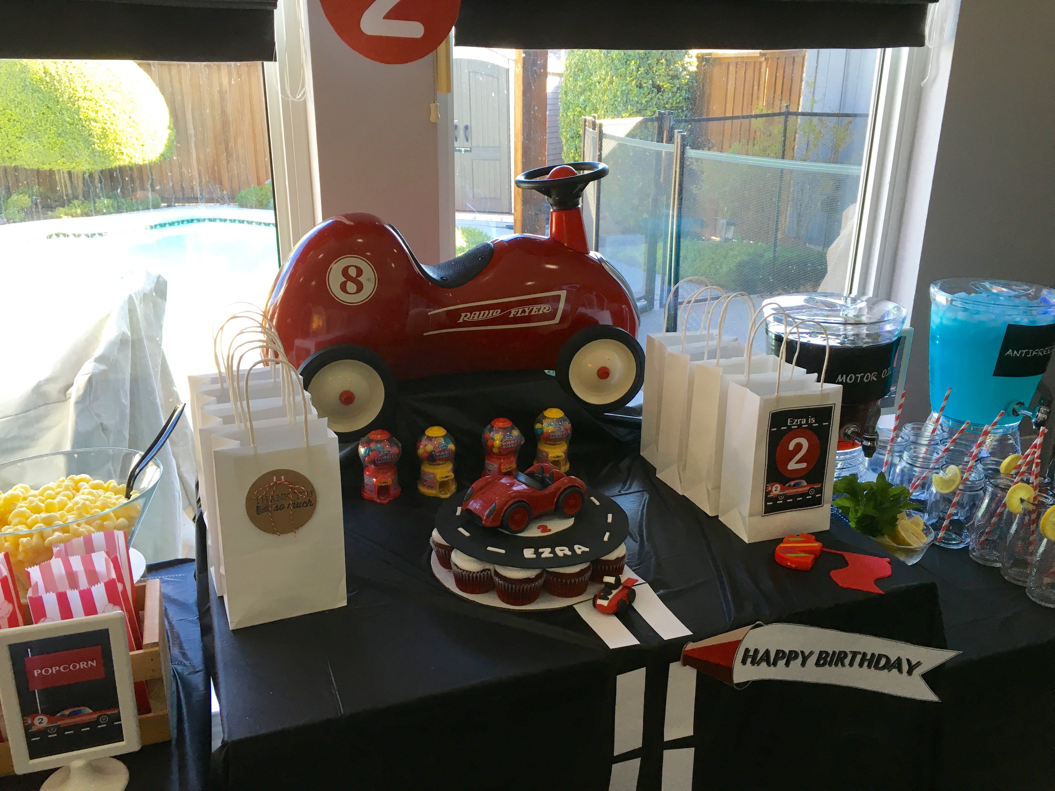 Retro Race Car Theme Party   Complete With DIY Party Favors, Decors, Kids  Table
