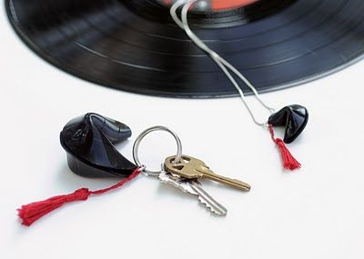 So, I make stuff: One More Way to Recycle a Vinyl Record
