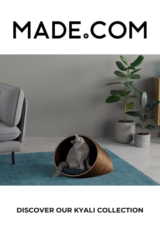 Kyali Oval Pet Bed, Small, Natural Walnut & Navy