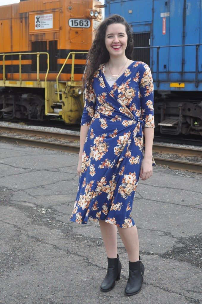 Fall Outfit for Church: Jessy Kate Dress - What Dinny Wore #churchoutfitfall