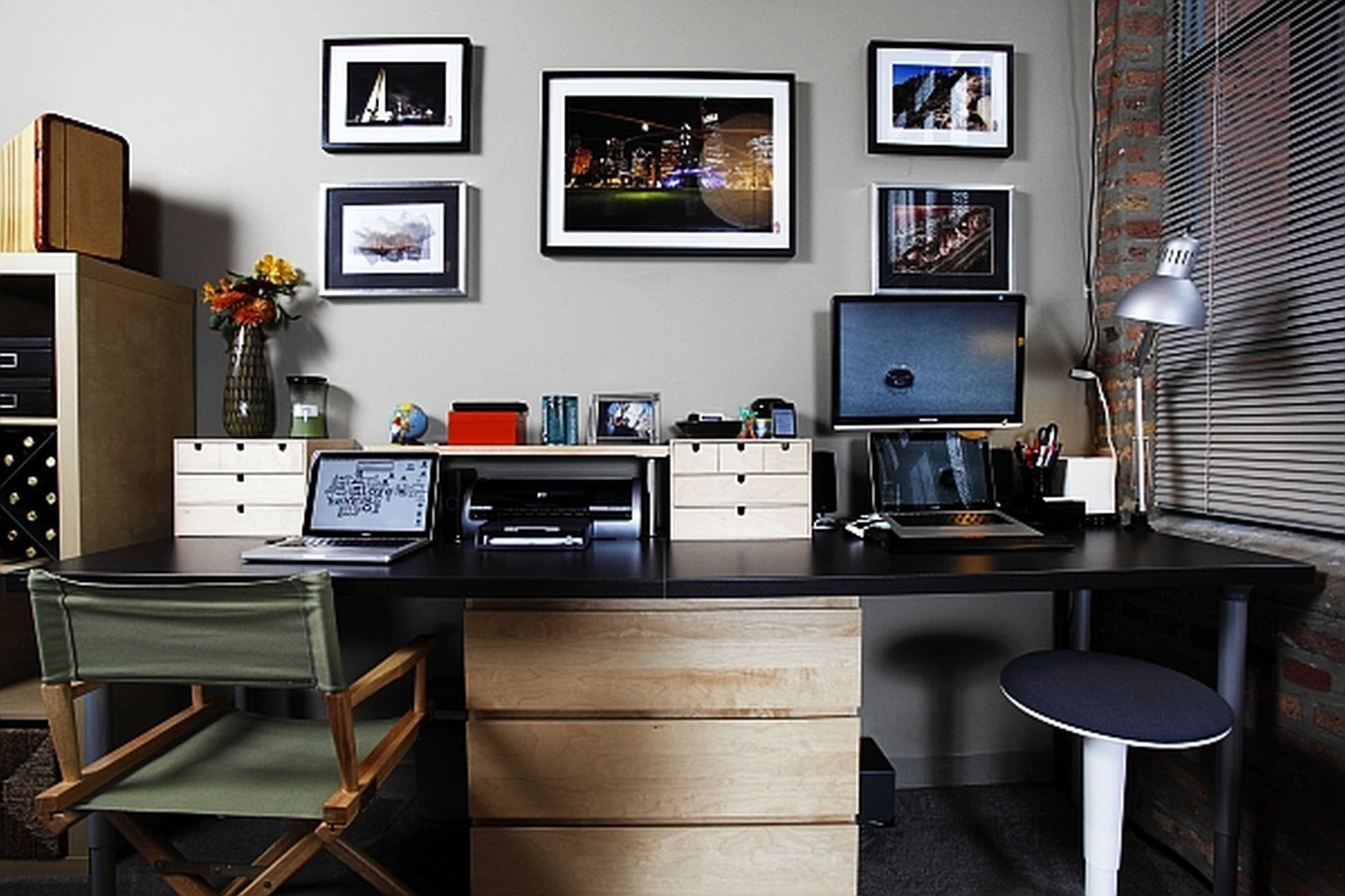 Sweet Home Office Design Ideas With White Wall Painting And Cute .