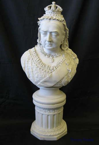 Robinson & Leadbetter parian ware bust of Queen Victoria. Made to commemorate the 60th year of her reign in 1897.
