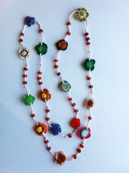 Crochet beaded necklace | Bisutería artesanal - Handcrafted jewerly ...