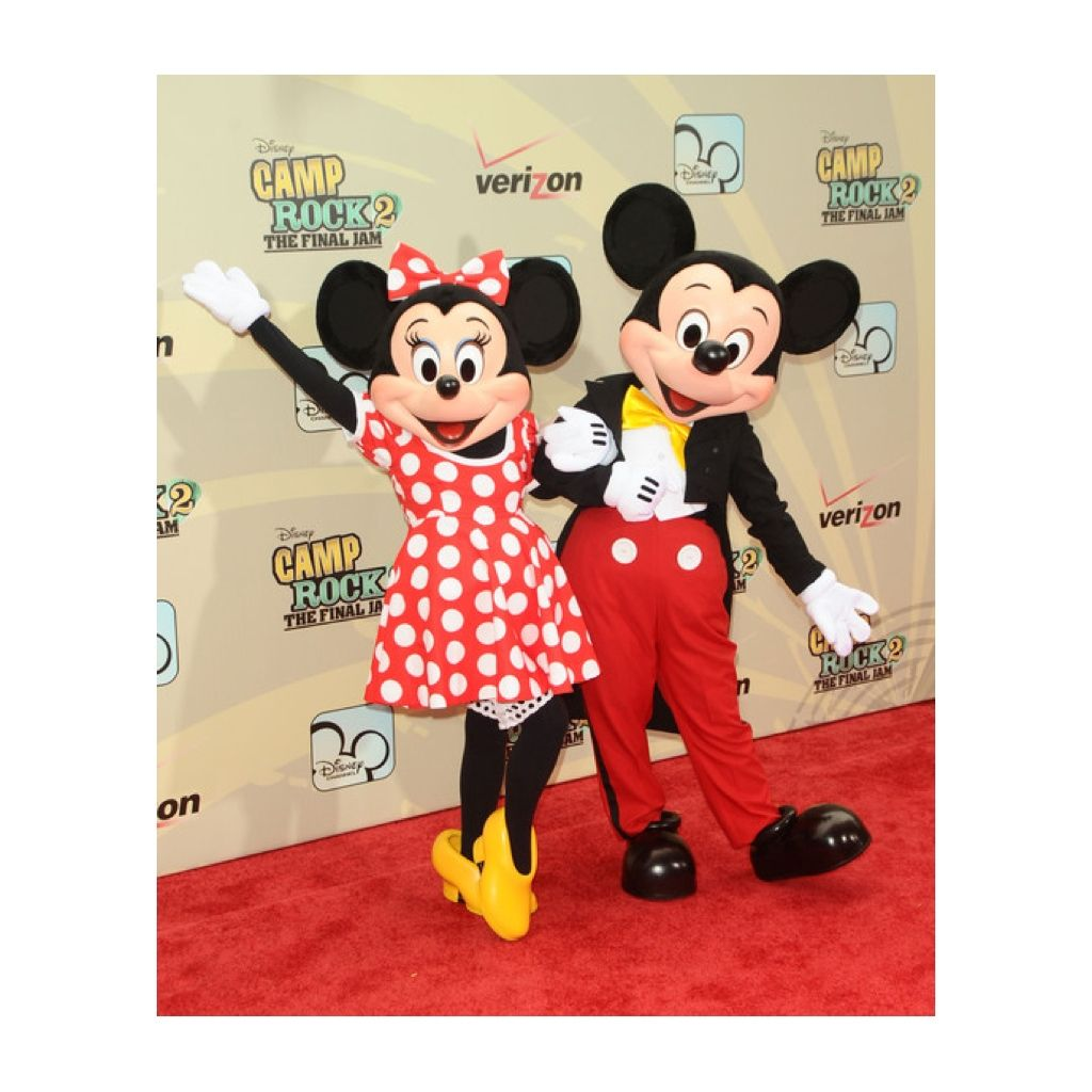 Aww you could do a Mickey and Minnie couple Halloween costume ...