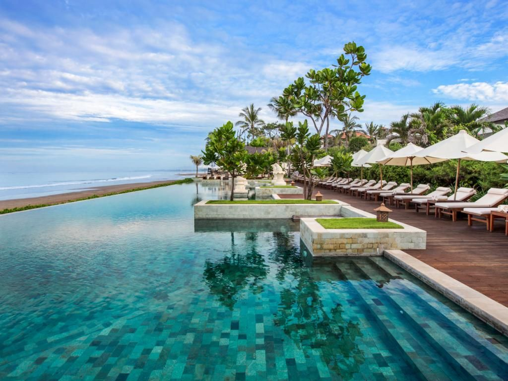 What To Keep In Mind While Booking A Resort On The Beach Cool Places To Visit Bali Resort