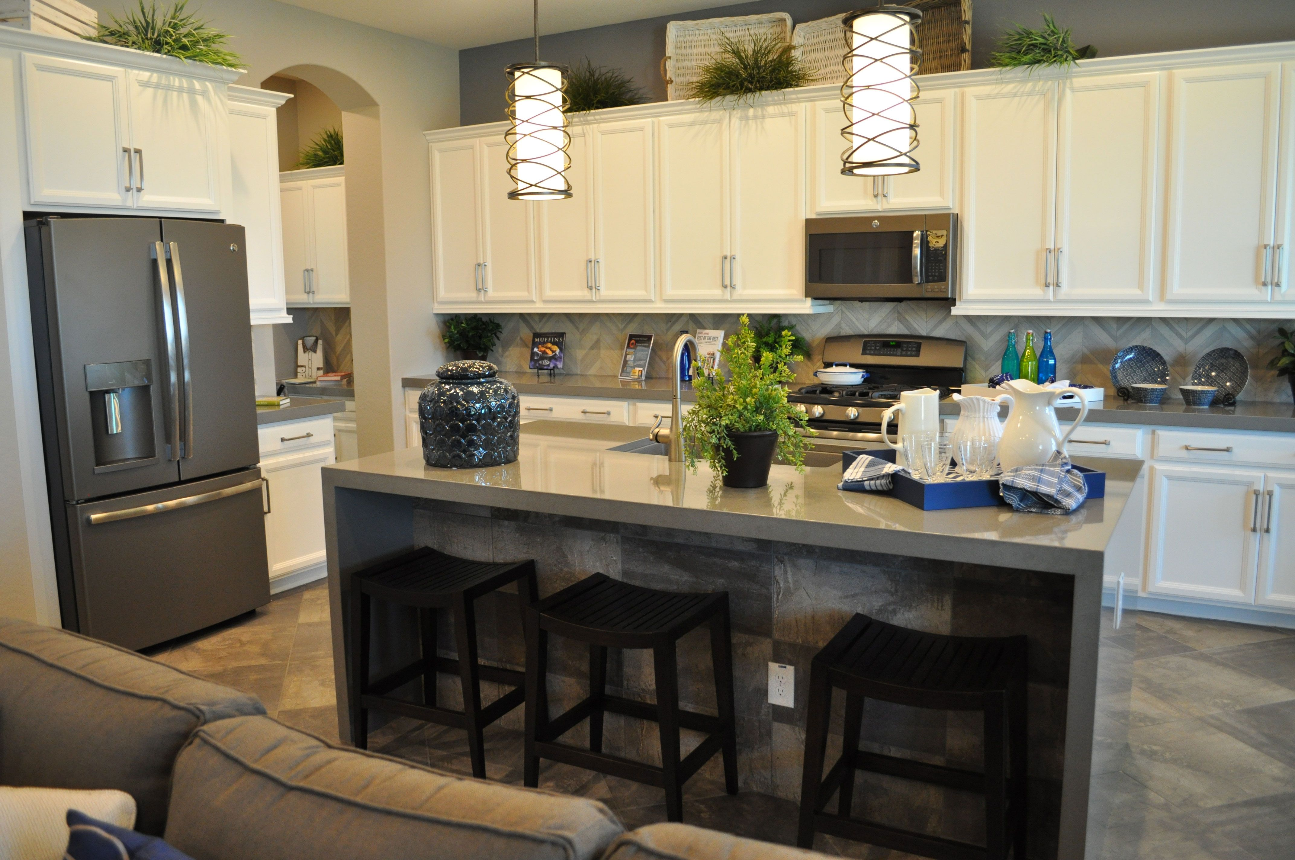 Download Wallpaper What Color Cabinets Look Best With Slate Appliances