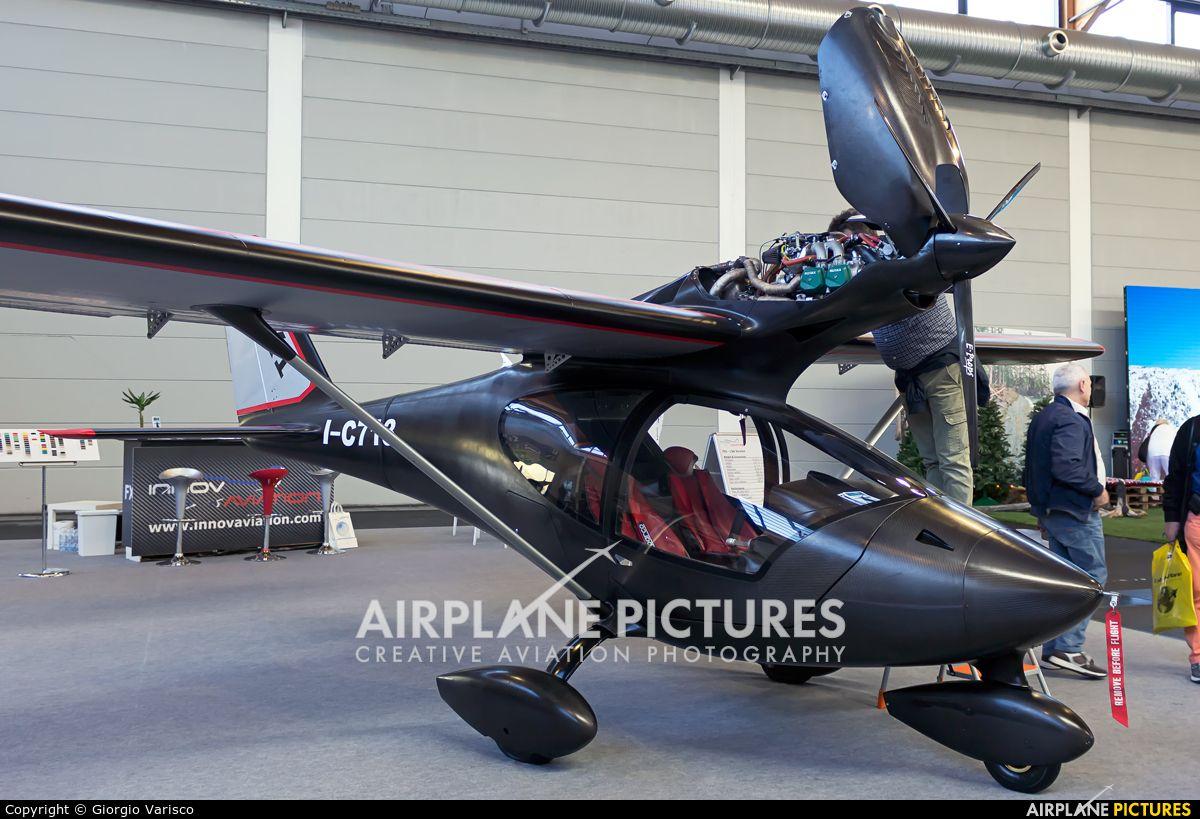Частная я-c713 с отопителем самолет в Фридрихсхафен фото ...