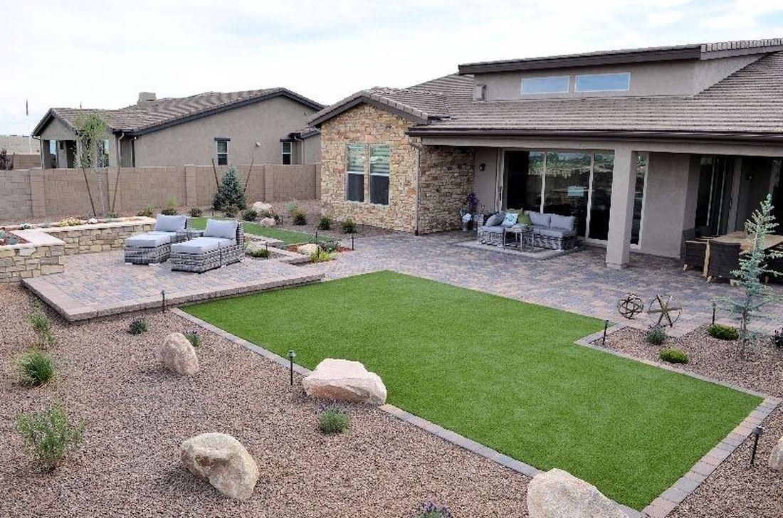 Beautiful Arizona Backyard Landscaping Ideas in 2020 ... on Desert Landscape Ideas For Backyards id=97189