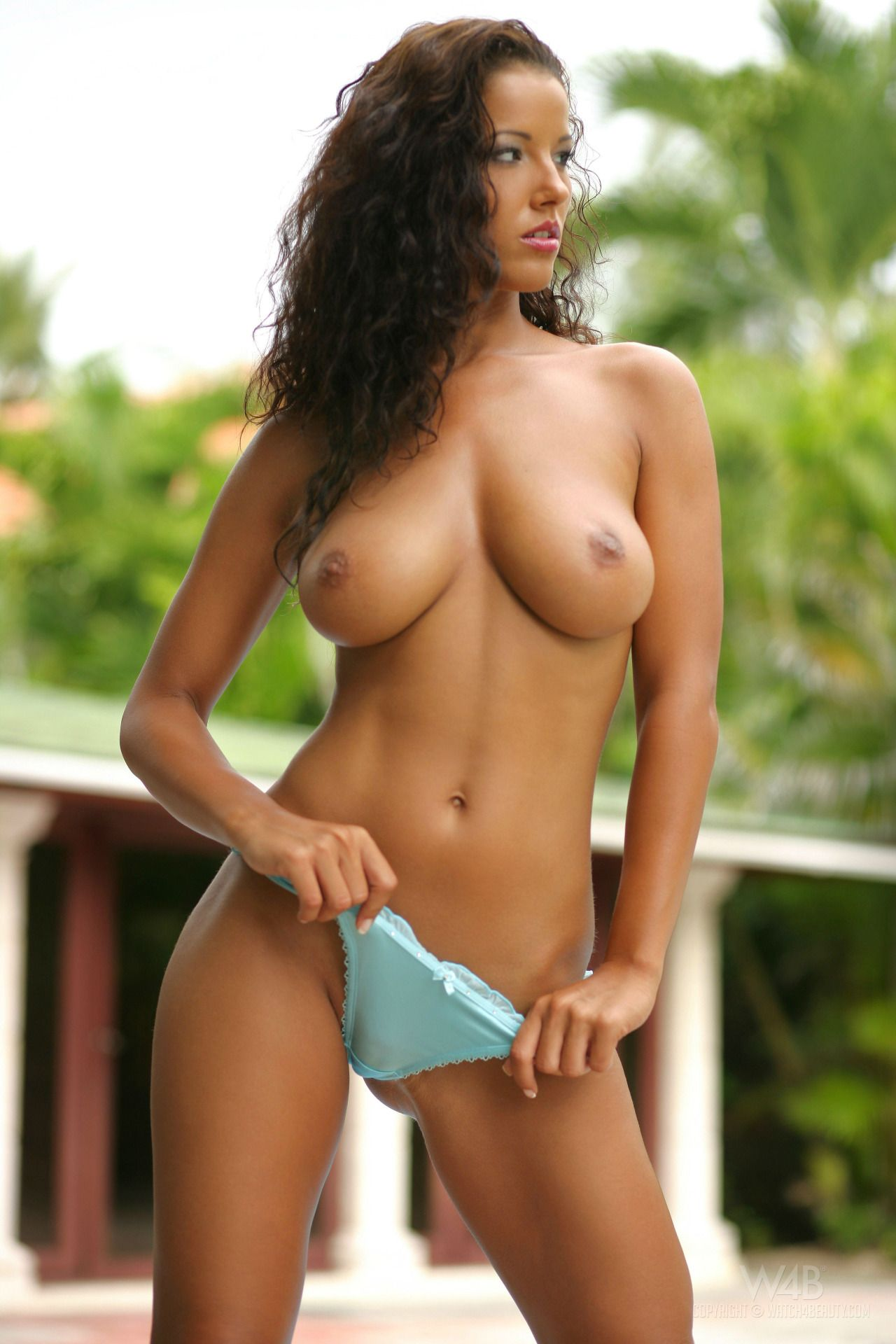 Perfect Nude Woman 92