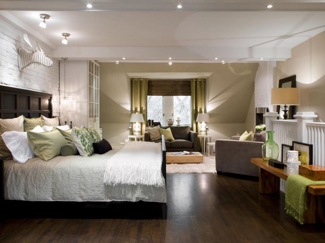 Modern Master Bedroom Design With Cool Recessed Lighting