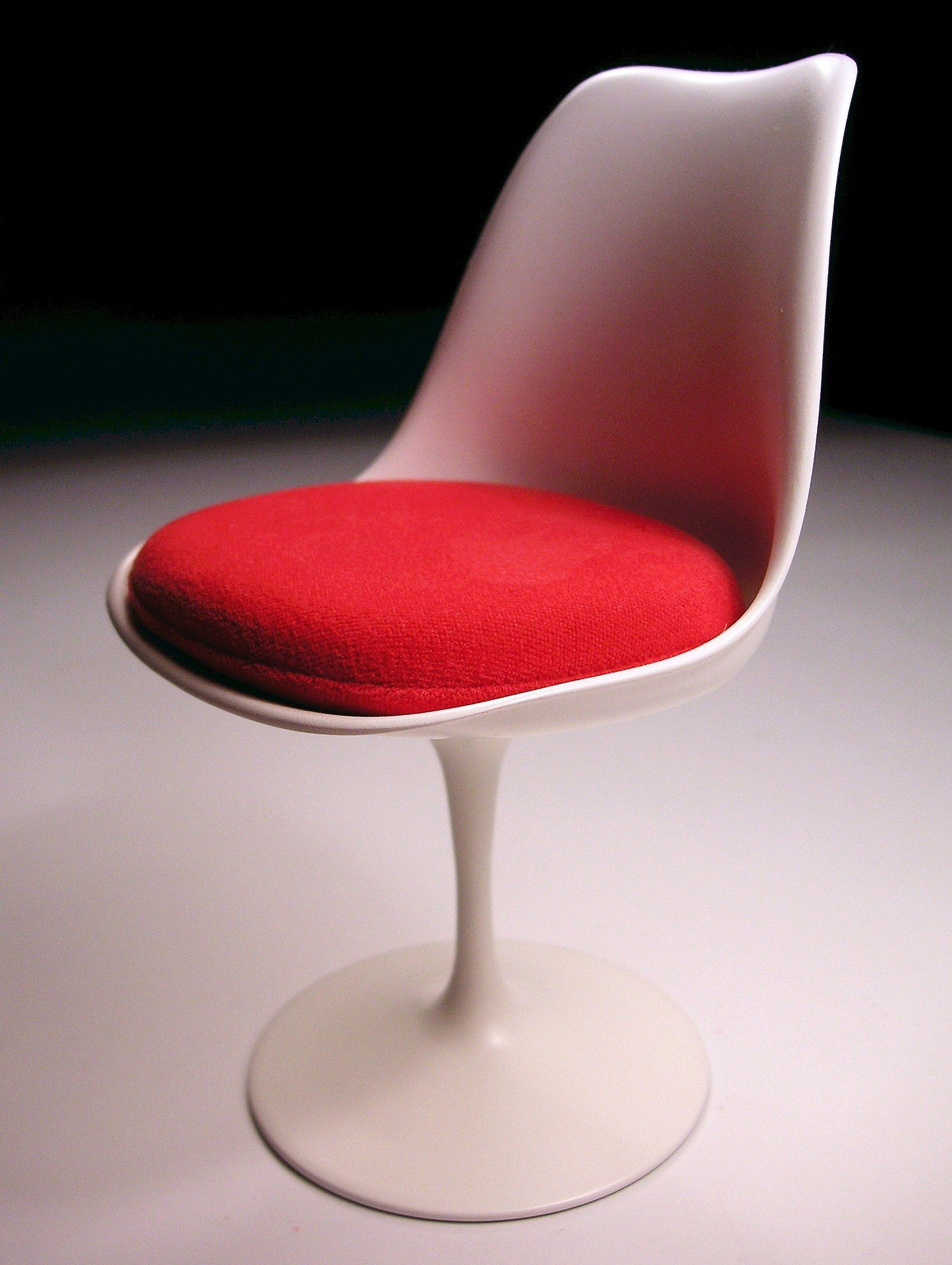Tulip Chair Designed 1955 56 By Eero Saarinen Mid Century