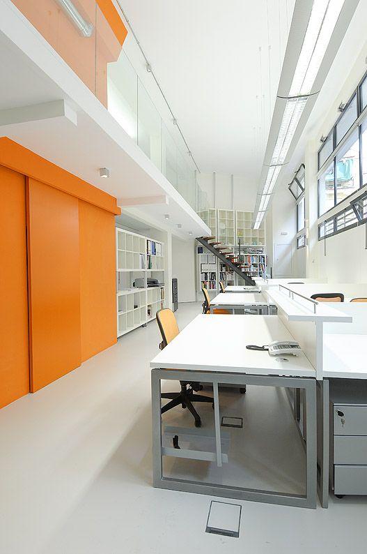 mur orange working space pinterest murs oranges orange et mur. Black Bedroom Furniture Sets. Home Design Ideas