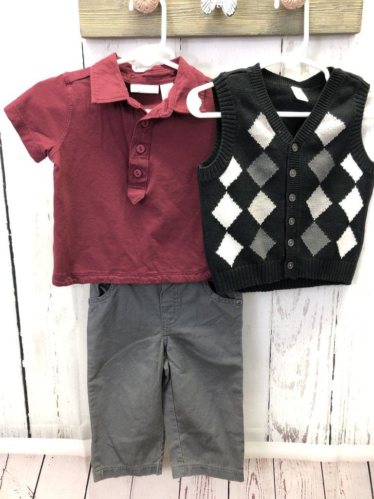 b94a9269b17 Boy s 3 piece set   12 mo Used Baby Clothes