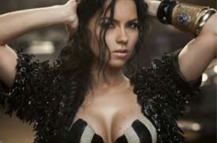 (Inna) Holy shit she's beautiful!  Wow. Perfect10++++♡♥♡♥♡♥♡♥♡♥