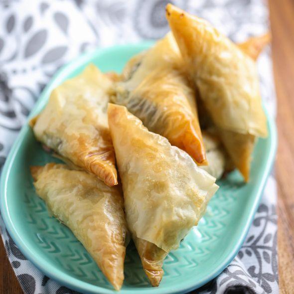 Spanakopita triangles recipe spanakopita greek dishes and feta phyllo dough forumfinder Choice Image