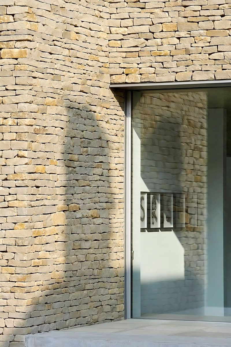 Private House In The Cotswolds By Found Associates Stone Architecture Stone Houses Brick Architecture