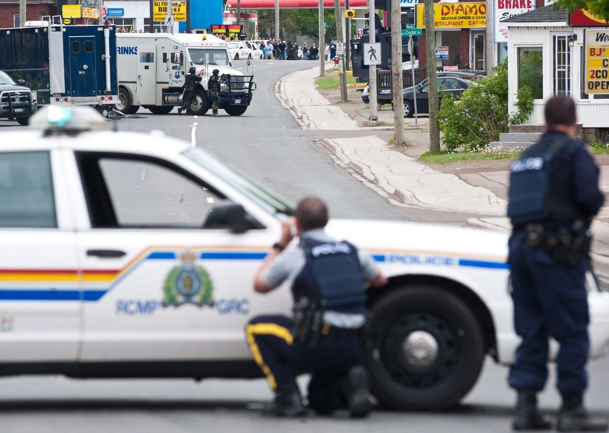 Suspected Moncton Shooter Captured Moncton Arrest Medias