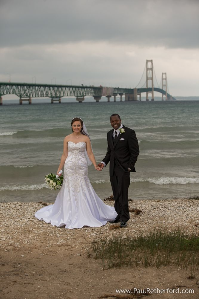 Mackinaw City Outdoor Wedding Photography Mackinac Bridge View Venue Photo By Paul Re Traverse City Wedding Mackinac Island Wedding Outdoor Wedding Photography