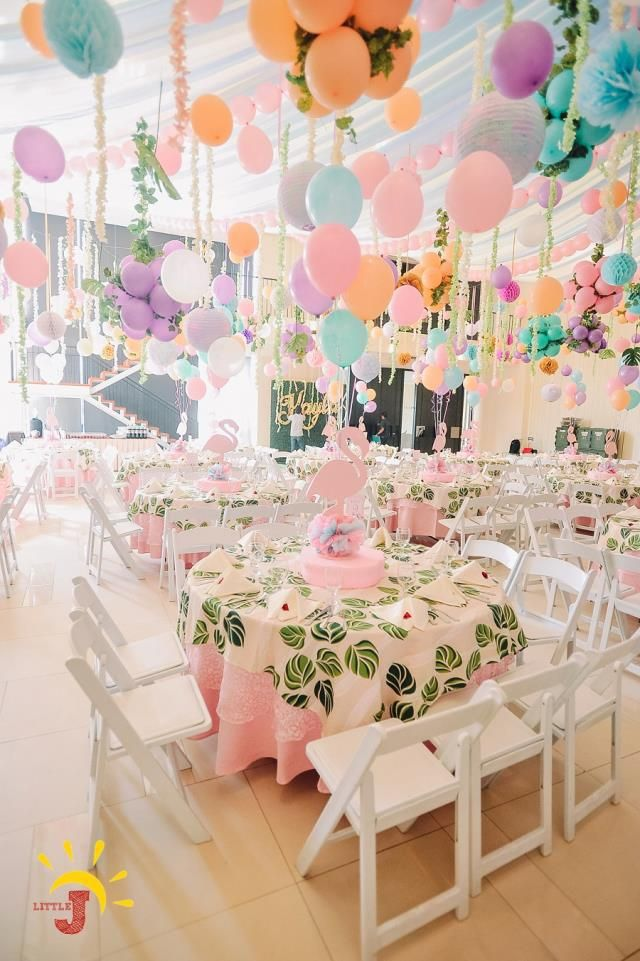 Kayla S Pink Flamingo Themed Party Table Centerpiece