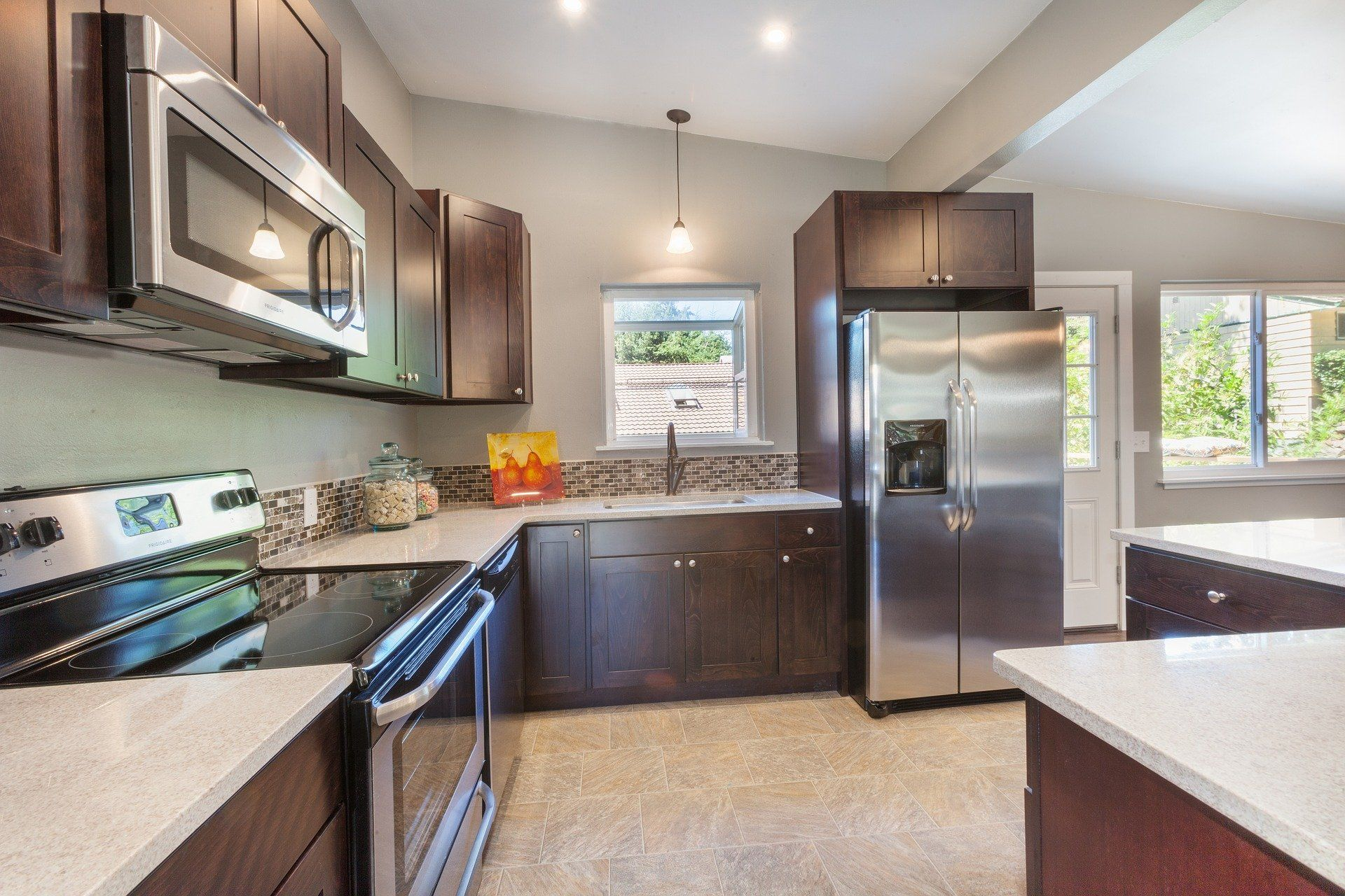 Finding The Best Wholesale Cabinets In Columbus Ohio In 2020 Declutter Kitchen Best Kitchen Cabinets Declutter Kitchen Counter