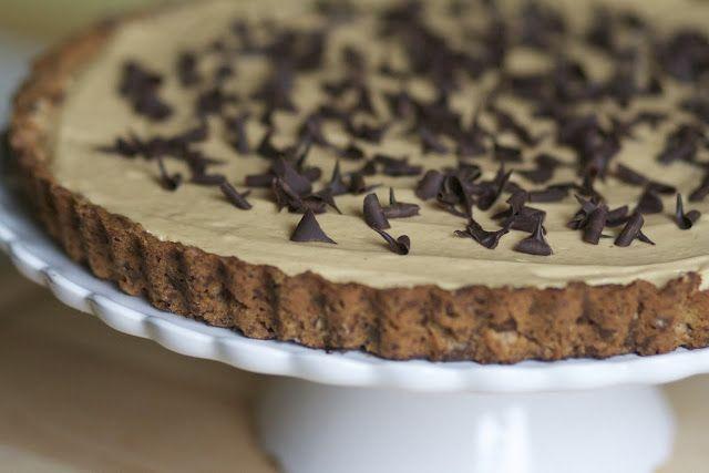 peanut butter chocolate tart with pretzel crust...oh my!