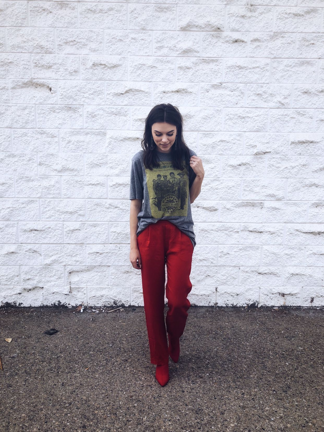 Pin By Lynnlyss On Lynnlyss Looks Red Pants Red Shoes Photo Video