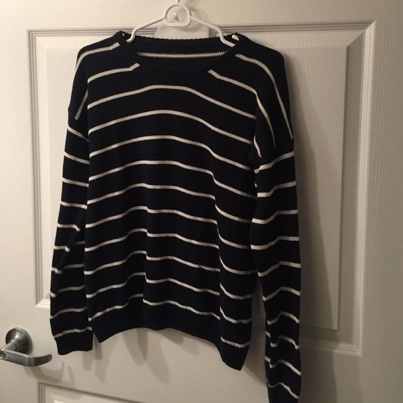 Brandy Melville striped sweater Blue and navy Brandy Melville striped crew neck sweater Brandy Melville Sweaters Crew & Scoop Necks