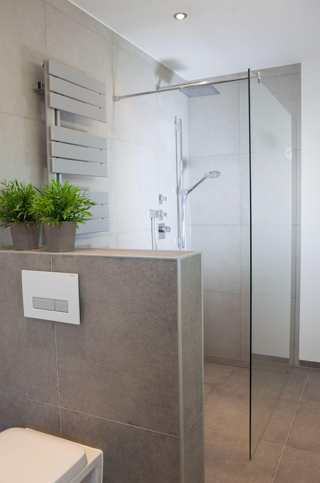 Badezimmer mintgrün ❈ Badsanierung von Rühle GmbH   Walk in ...