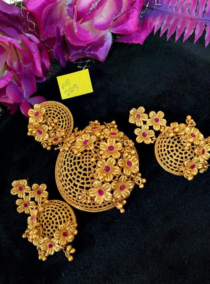 Gold plated floral designer pendant set gold plated pendant designs gold plated designer pendants imitation designer pendants mozeypictures Gallery