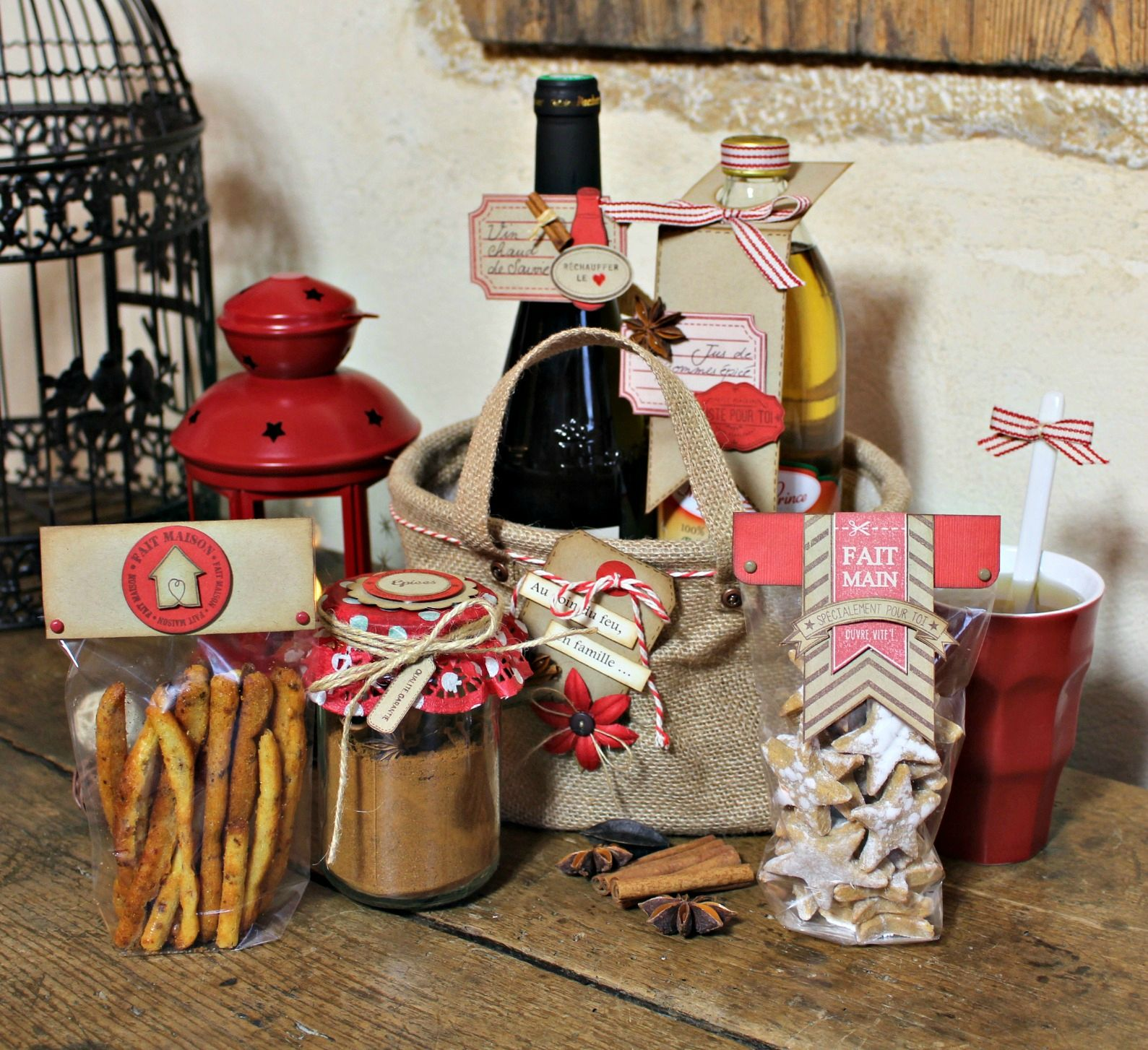 cadeaux gourmands de Noël http://cookandgift.canalblog.com/   Decoration papier, Cadeaux gourmands