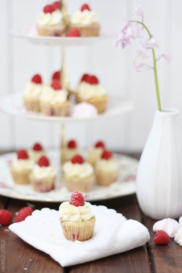 Himbeer-Mascarpone-Mini-Cupcakes – Dreierlei Liebelei