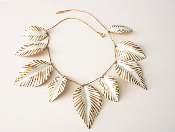 Napier Frosted Leaves Necklace Book Piece by Vintageby1980sExcess