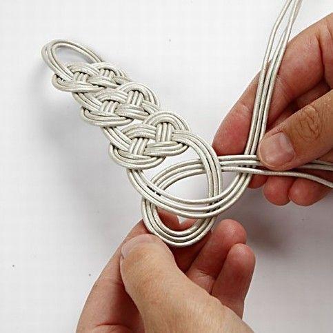 cmo hacer una elegante pulsera de cuero trenzado