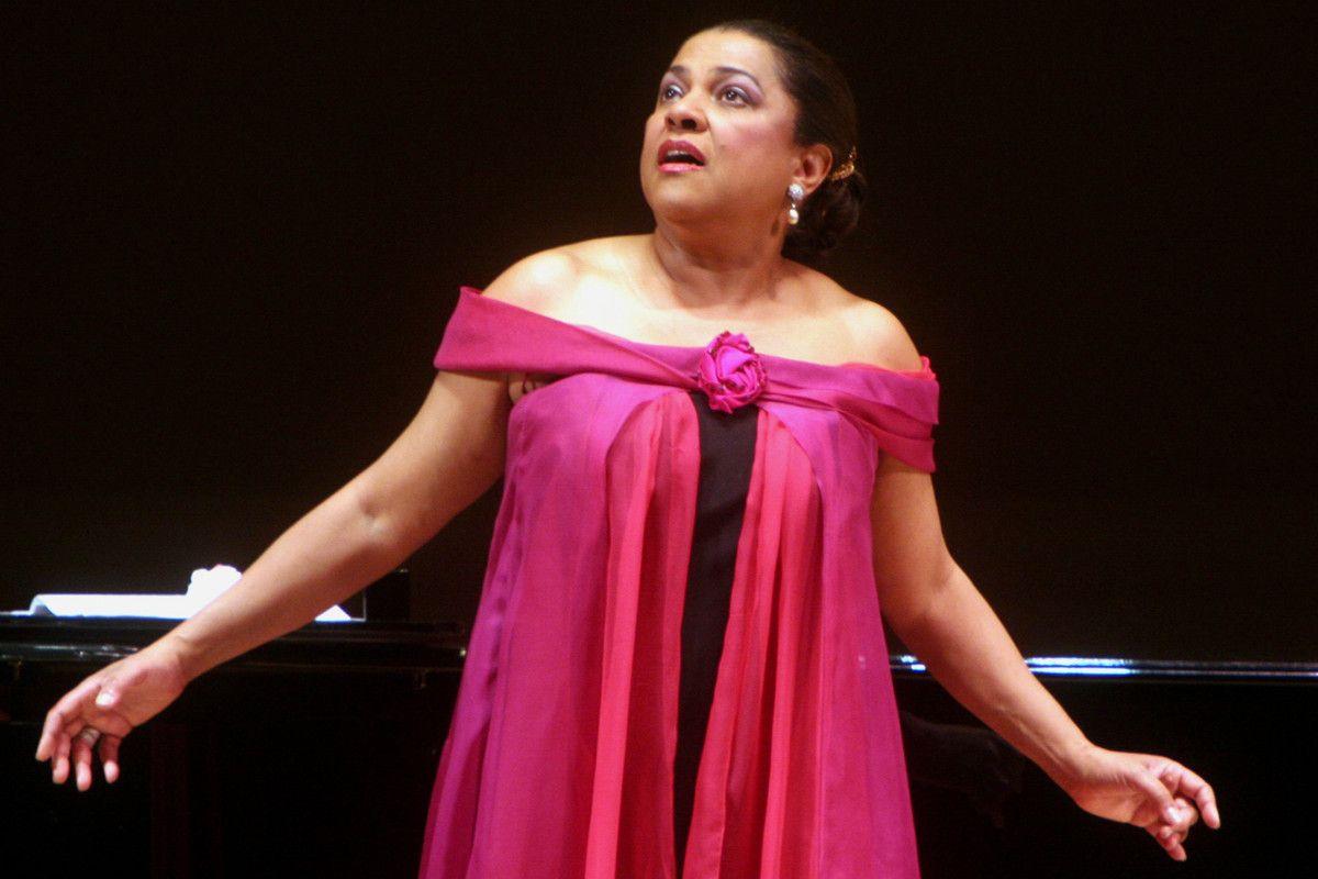 awesome Opera veteran maintains 'diva' status 22 years later