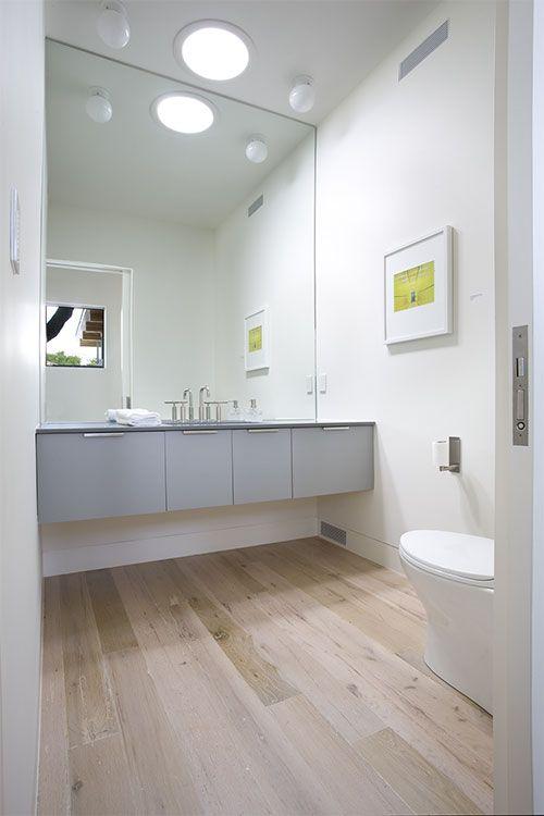 Houten vloer in badkamer - badkamermeubel | Pinterest - Badkamer ...