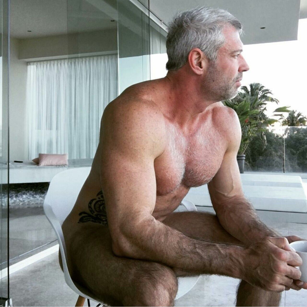 mature gay muscle men