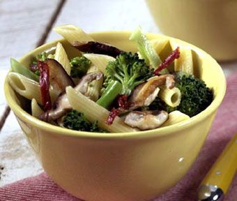 Penne with Broccoli and Dried Tomatoes