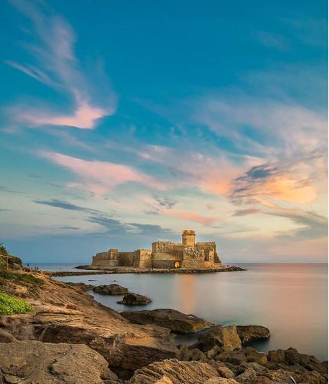 Le Castella in Kalabrien ist eine mittelalterliche Festung