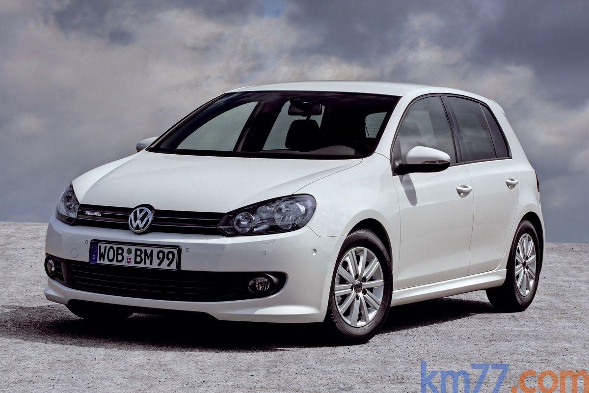 Volkswagen golf white