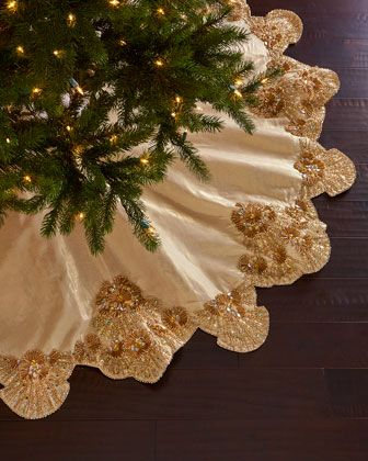 Kim Seybert Trevi Christmas Tree Skirt In 2020 Christmas Tree Skirt Christmas Tree Tree Skirts
