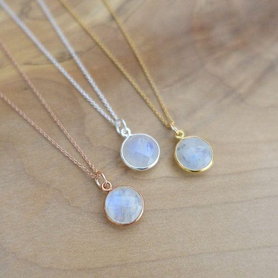 Aura Silver Circular Shaped Necklace
