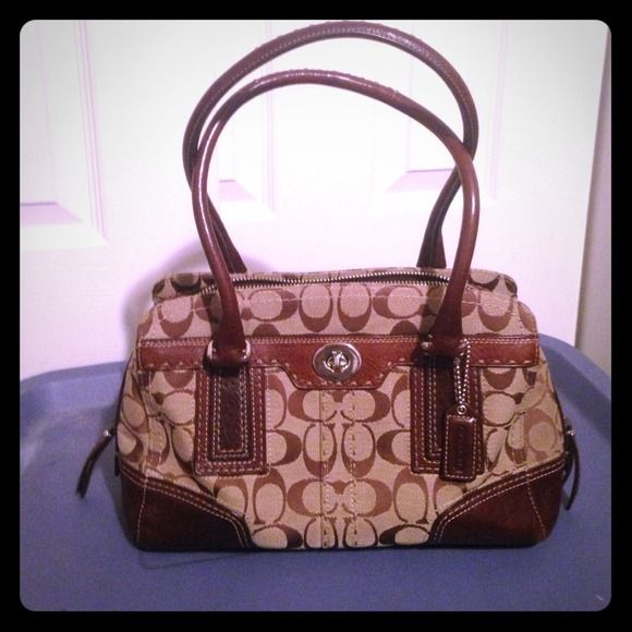 authentic coach handbag Authentic, used a couple times, clean with no marks from a smoke free home Coach Bags