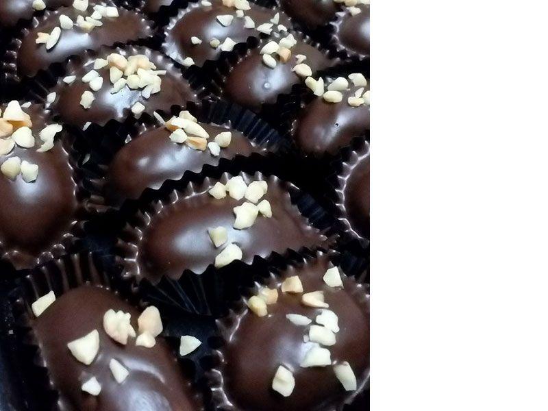Memang Tak Rugi Anda Cuba Resepi Biskut Almond London Ni Dengan Tips Lengkap Hasilnya Dapat Almond London Sama Saiz Coklat Tak Melekat Da Almond Coklat Resep