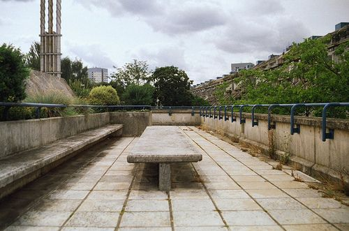 detritusofourcivilization:  Bench / Table, Alexandra Road Estate by Tim Slessor on Flickr.