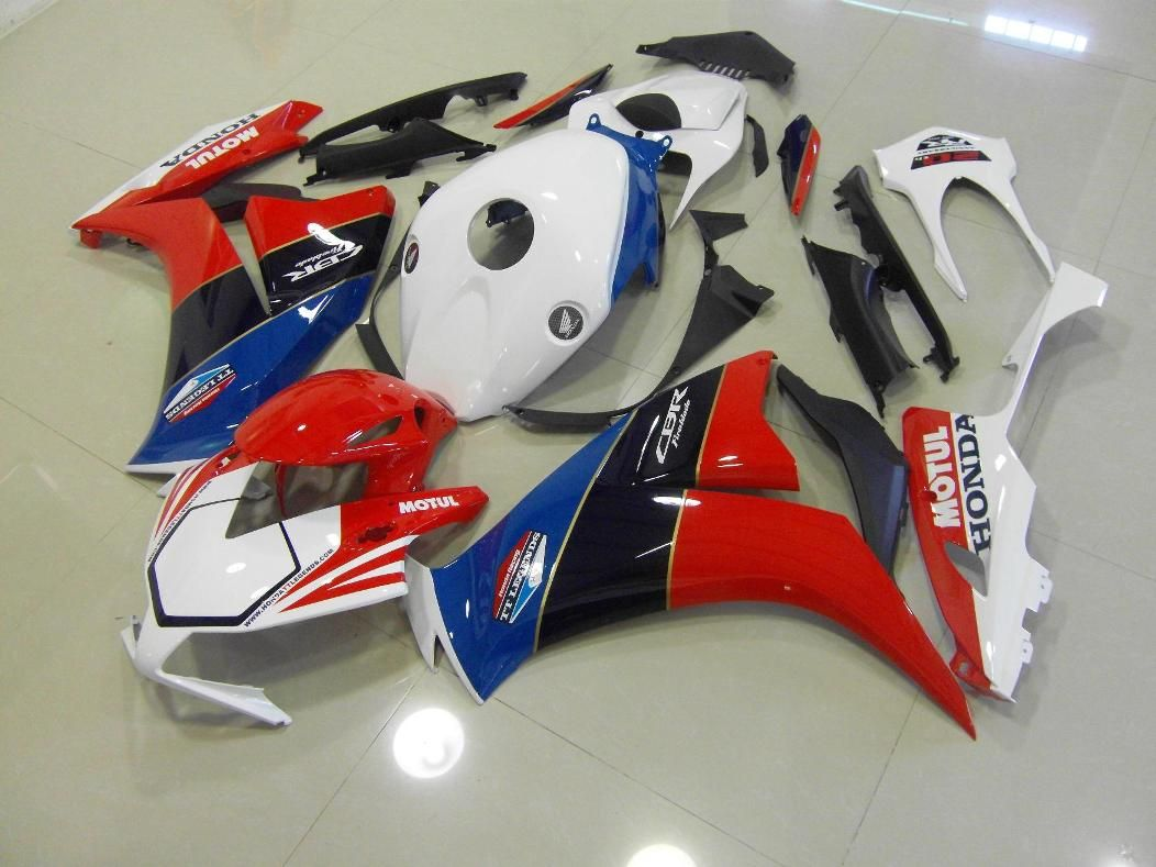 Honda CBR1000RR 2012 2014 http//www.motocc.co.uk