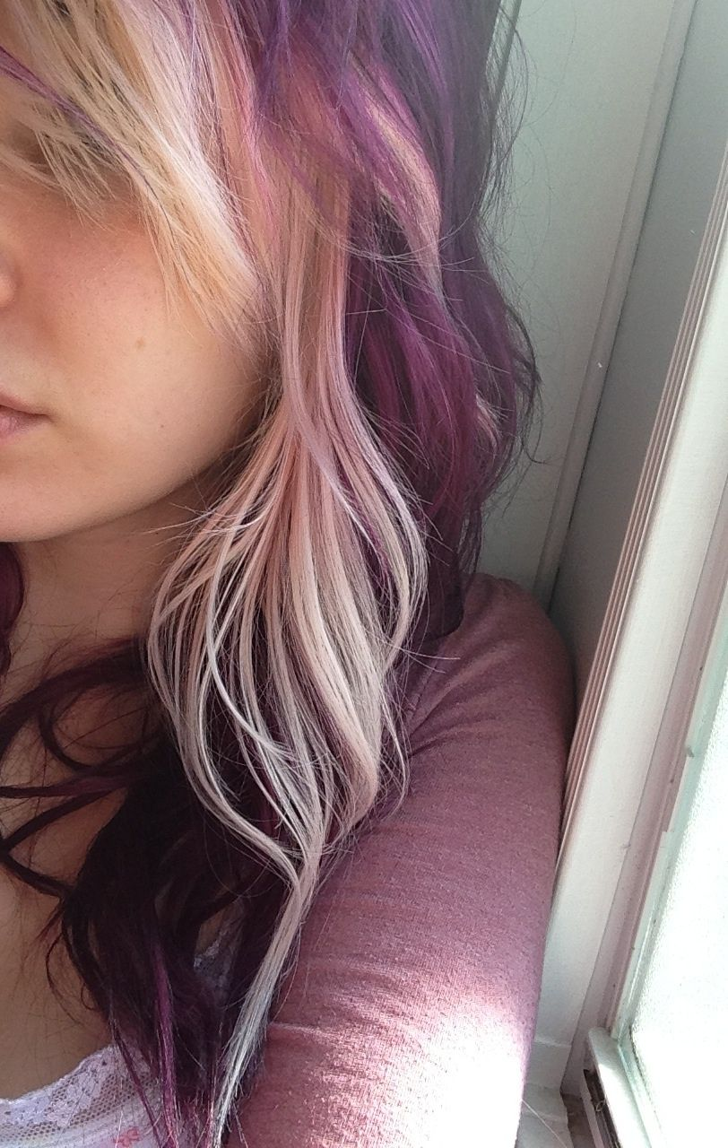2019 year look- Blonde and Purple scene hair ideas